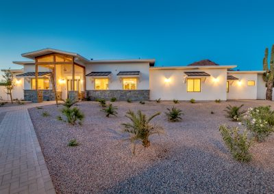 Vista Living Phoenix Arizona Assisted Living Front of Camelback View