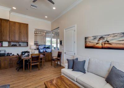 Camelback Assisted living inside Vista Living Phoenix Arizona