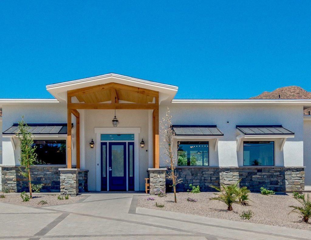 Camelback Assisted Living Home Vista Living Phoenix Arizona