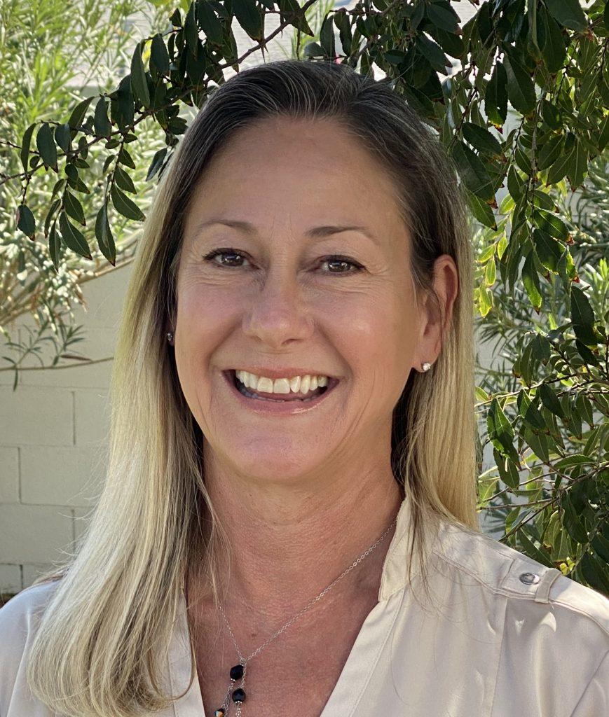Meet Lisa Karaffa Sales and Operations Director Vista Living Assisted Living