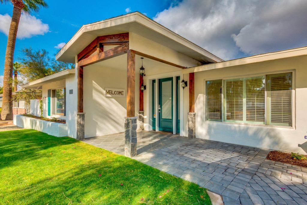 Vista Living Camelback Assisted Living Home Phoenix Arizona